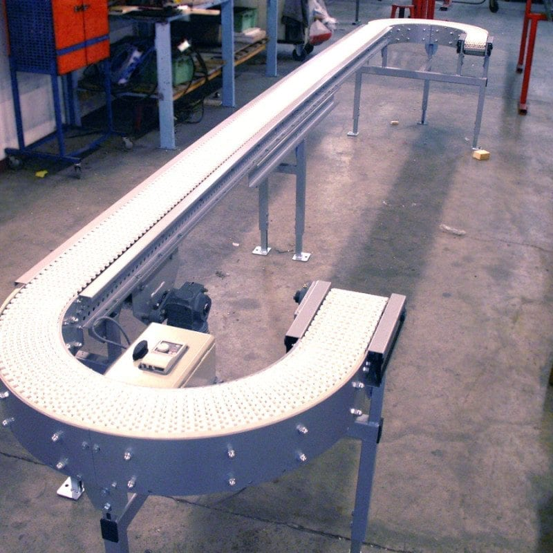 MH Modules PL100 Plastlamelltransportör med kurvor