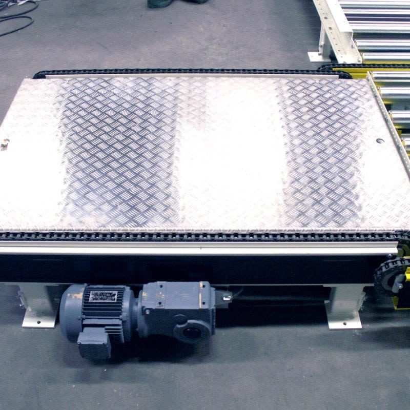 MH Modules PA1500 Chain Conveyor With Checker Plate