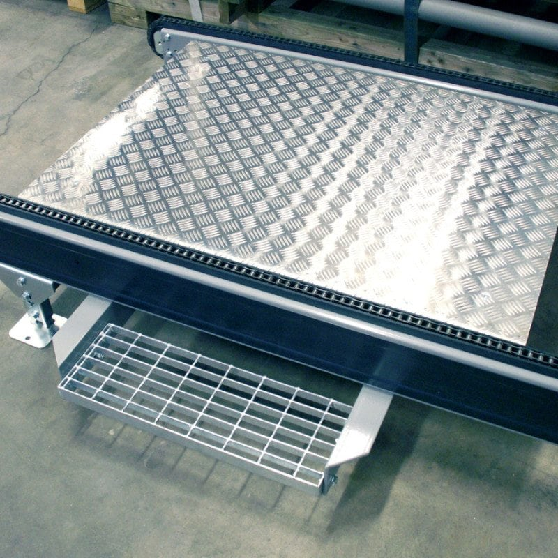 MH Modules PA1500 Chain Conveyor With Personnel Passage