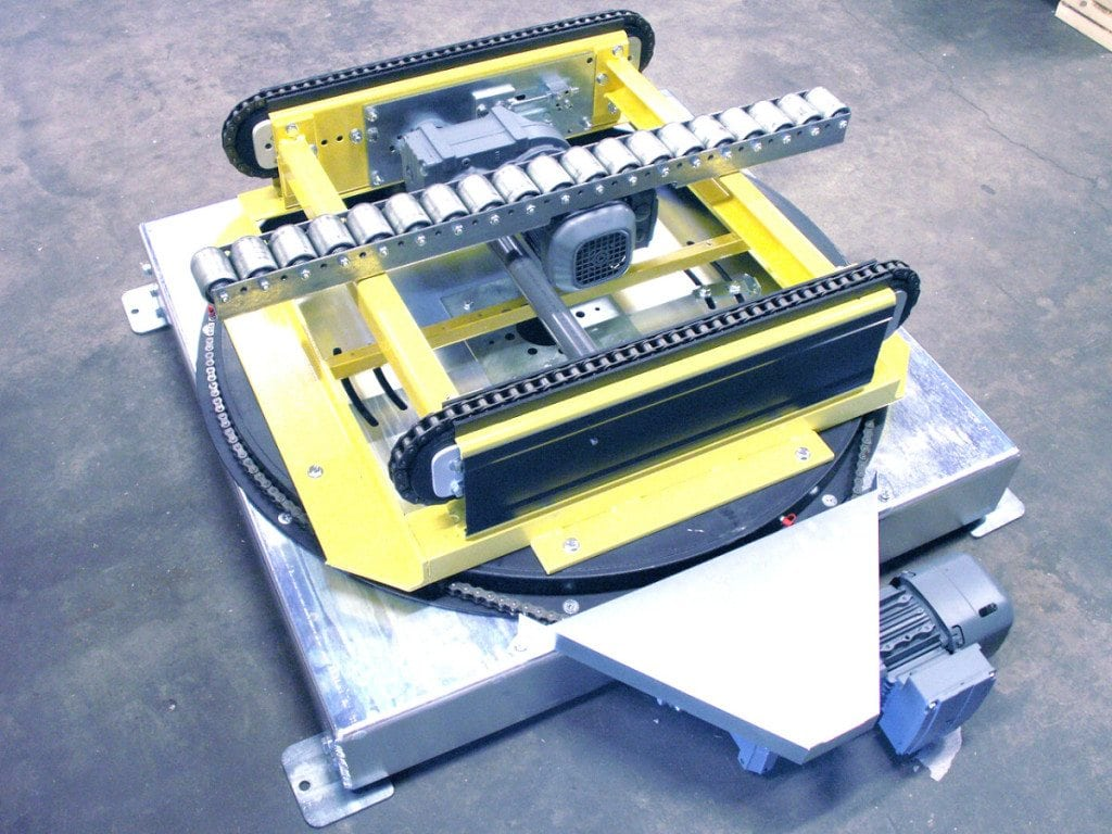 MH Modules PA1500 Turntable Chain Conveyor With Rollbar