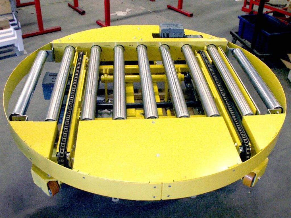 MH Modules PA1500 Turntable Roller Conveyor On Wheels With Transveyor